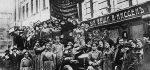 9rd-1917-0-0-a3-1-demonstration-russia-1917-russian-revolution-1917-b5mwk4-600x418