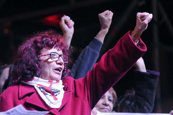 """Foto Fabio Cimaglia / LaPresse 27-11-2016 Roma Manifestazione per il NO al referendum """"C'è chi dice NO"""" Nella foto Nicoletta Dosio   Photo Fabio Cimaglia / LaPresse 27-11-2016 Rome (Italy) Demonstration for the NO at referendum In the pic Nicoletta Dosio"""