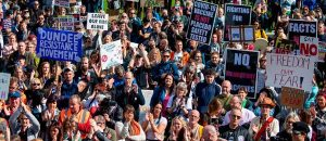 1_Hundreds-gather-to-protest-against-Covid-19-and-mandatory-mask-wearing-at-the-Scottish-Parliament-in